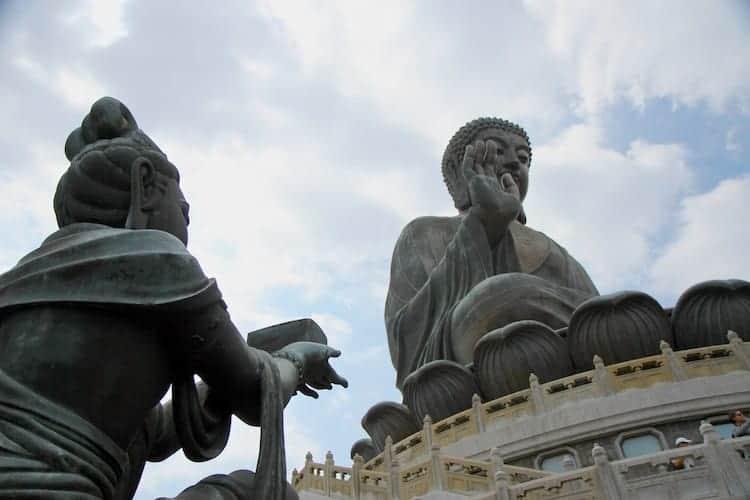 tian tan buddha lantau island hong kong 2 (1)