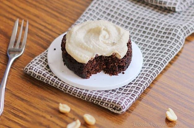 10 Microwave Mug Cake and Cookie Recipes