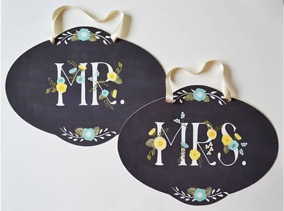 15 Mr. and Mrs. Wedding Chair Ideas