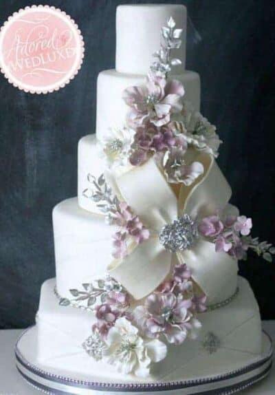 15 Inspiring Wedding Cakes
