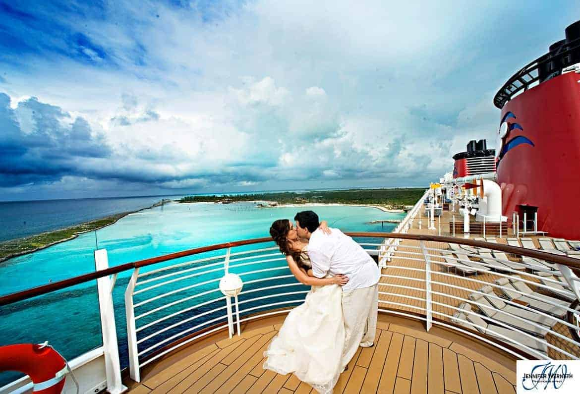 cruise weddings pros and cons of saying i do on the high seas