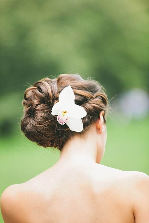 wedding-hairstyles-with-flowers