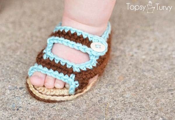 DIY Crochet Baby Shoes