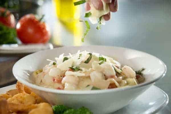 Shrimp and Scallops Linguini Recipe