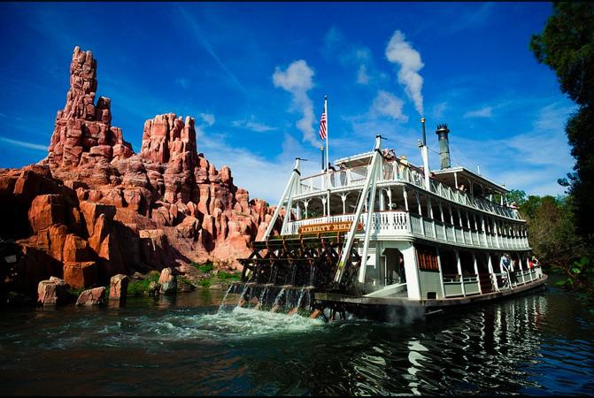 Walt Disney World Magic Kingdom Park liberty belle
