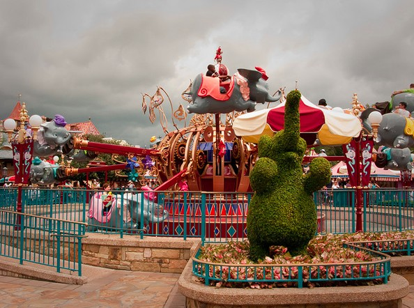 Walt Disney World Magic Kingdom Park dumbo ride