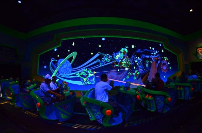disney world buzz lightyear ride