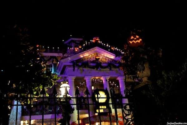 jack skellington haunted mansion disneyland 1
