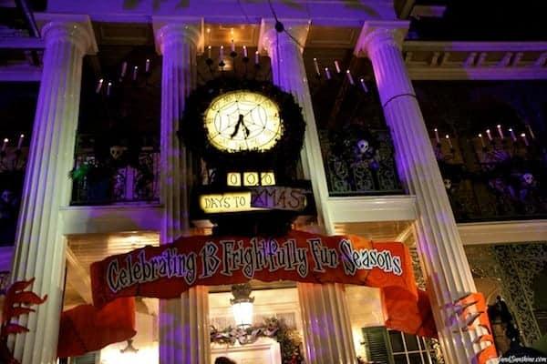 jack skellington haunted mansion disneyland 2