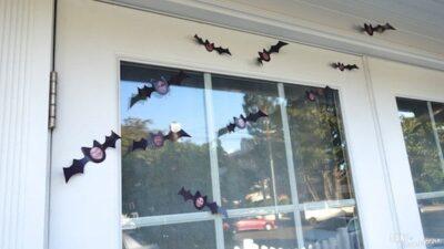DIY family halloween bat decorations 1