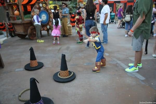 mickeys not to scary halloween party disneyland 1