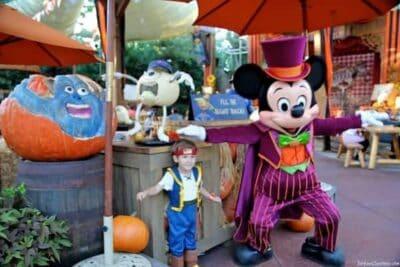 mickeys not to scary halloween party disneyland 3