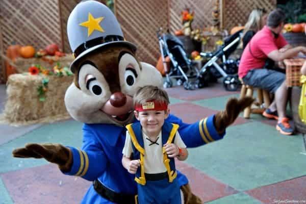 mickeys not to scary halloween party disneyland 4
