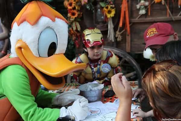 mickeys not to scary halloween party disneyland 5
