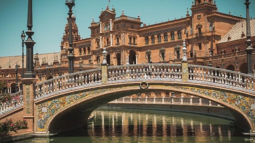 Plaza de Espana  -  best places to visit in Spain