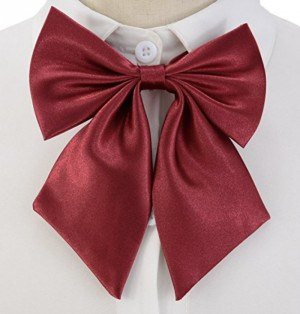 DIY Mary Poppins costume red bow tie