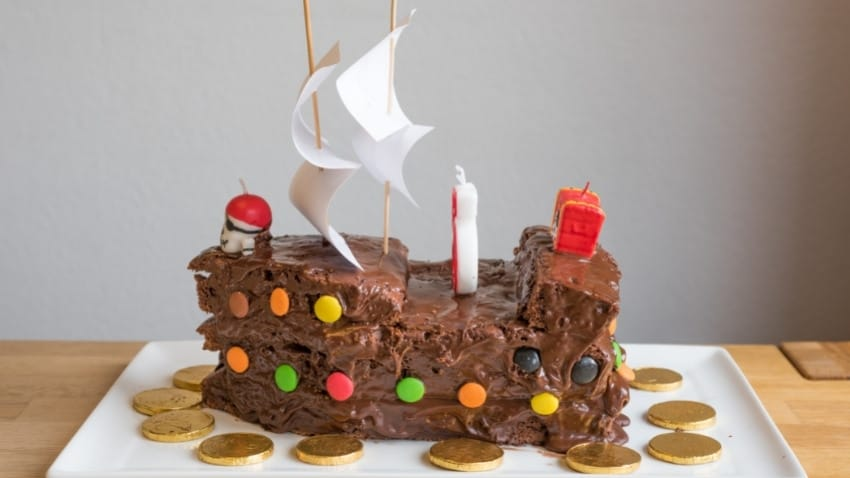 Pirate Birthday Party Ideas easy pirate ship cake