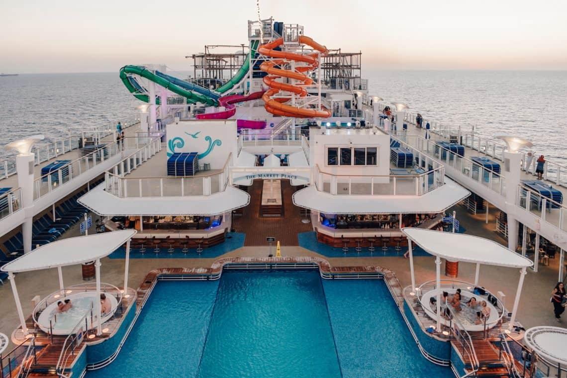 NCL Getaway Pool Deck