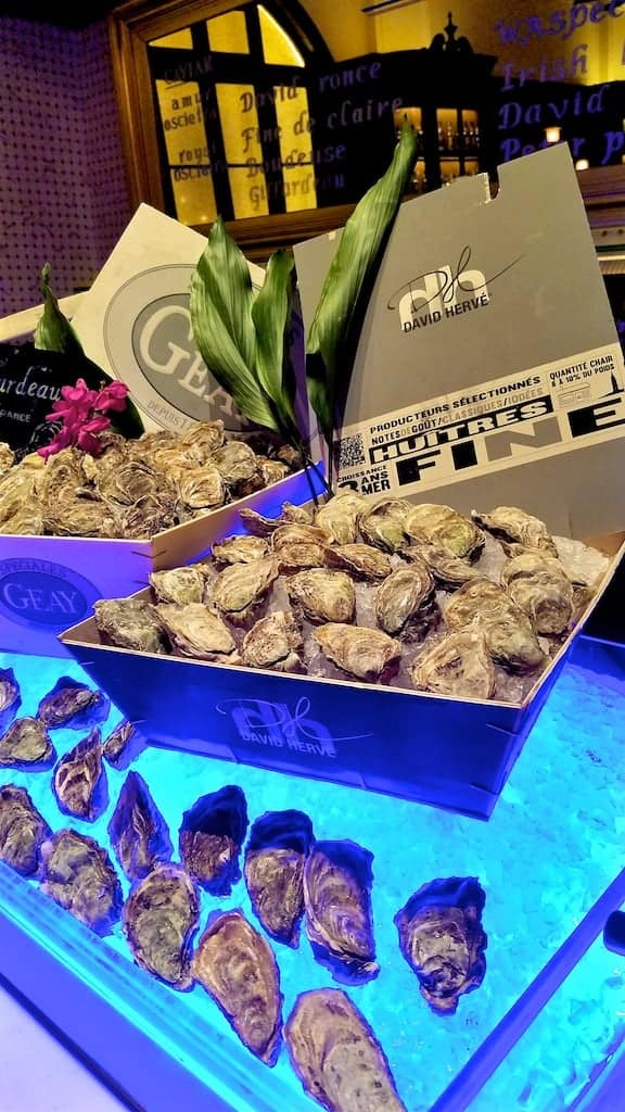 Shanghai China Waldorf Astoria Long Bar Oysters - Must See, Do and Eat in Shanghai, the Paris of the East