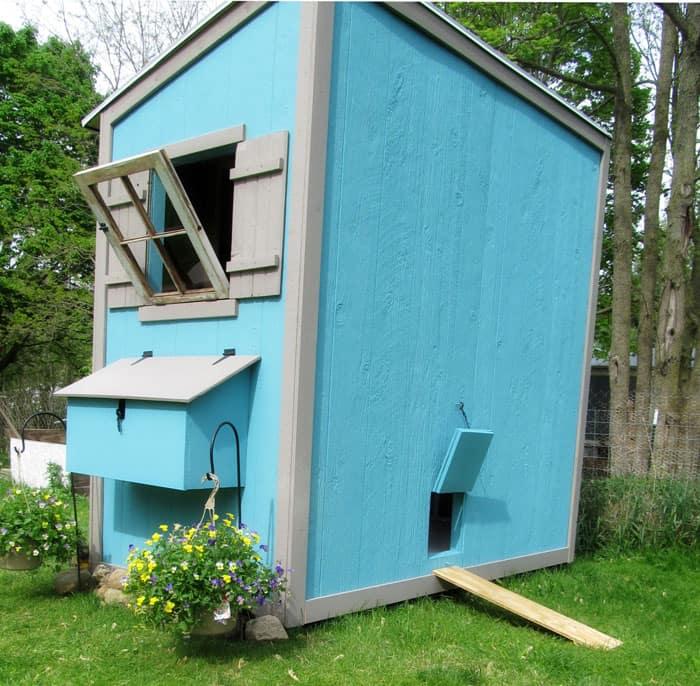 Ana White multi level chicken coop plans. Free DIY Chicken Coop Plans.