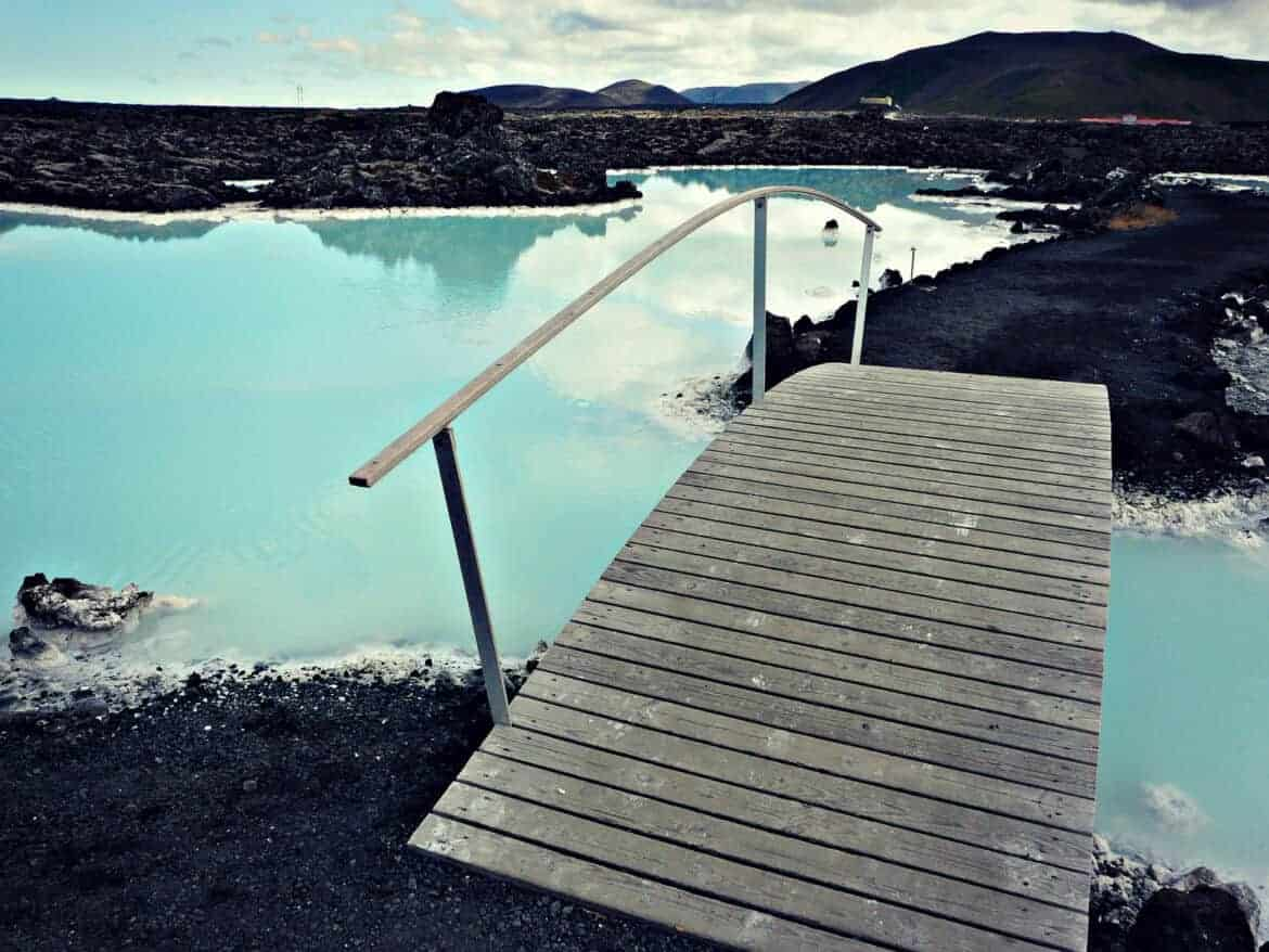crazy places to stay in iceland