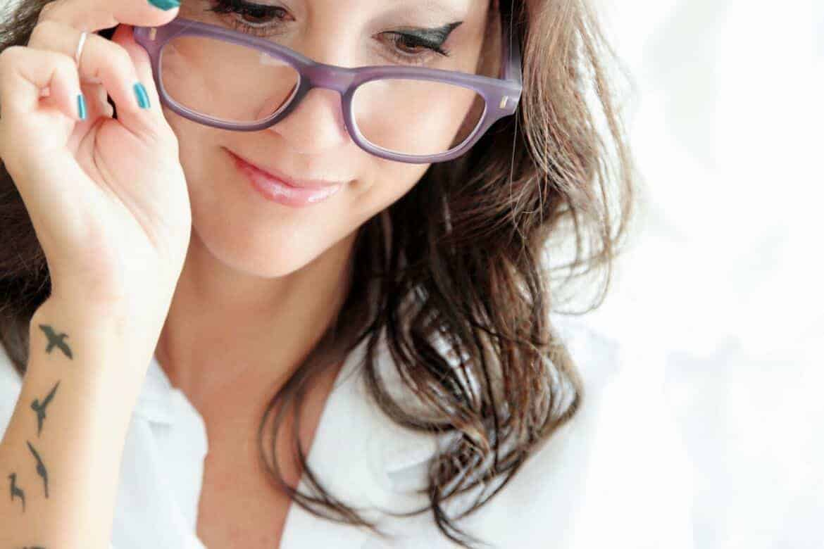 5 real signs you might need reading glasses