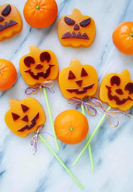 Awesome Halloween Desserts Jack-o-lantern halloween pops