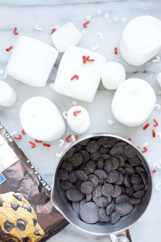 christmas chocolate dipped marshmallows