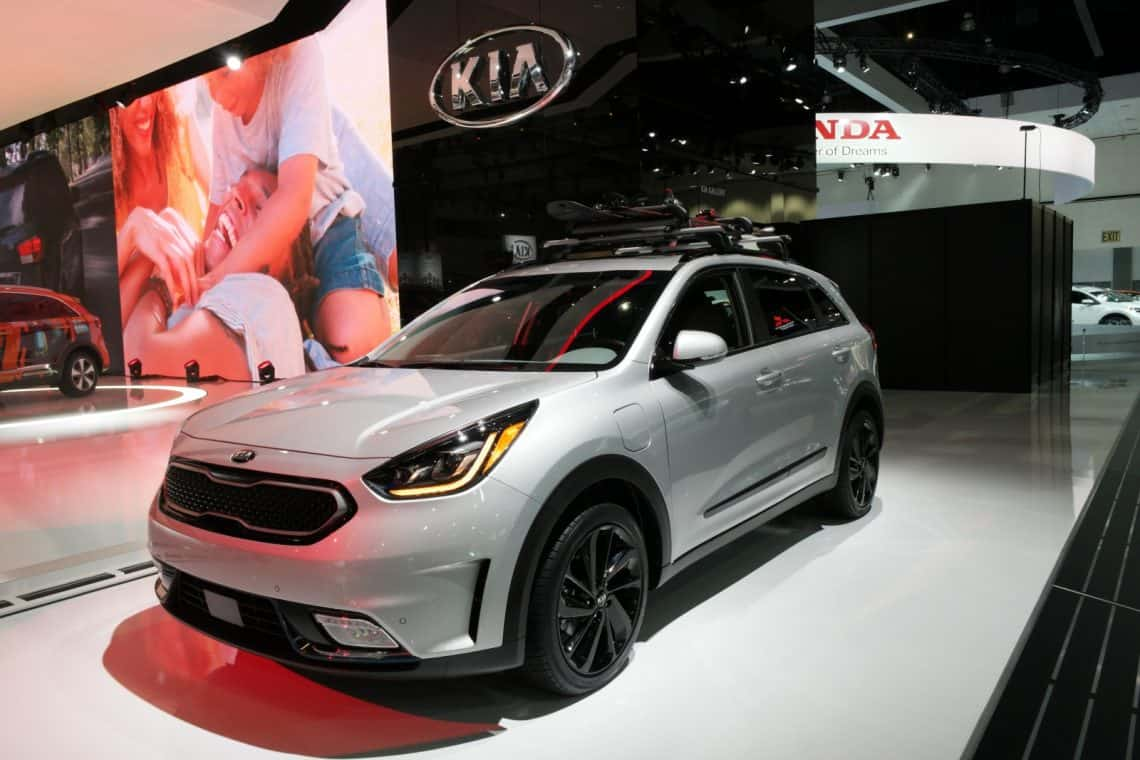 2017 la auto show kia delivers quality performance and stunning design surf and sunshine. Black Bedroom Furniture Sets. Home Design Ideas