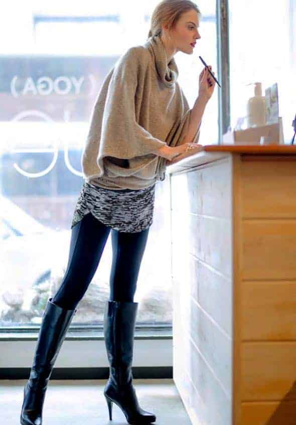 Booty Shawl women Isabella Wrapalini - How to Dress Up Your Leggings