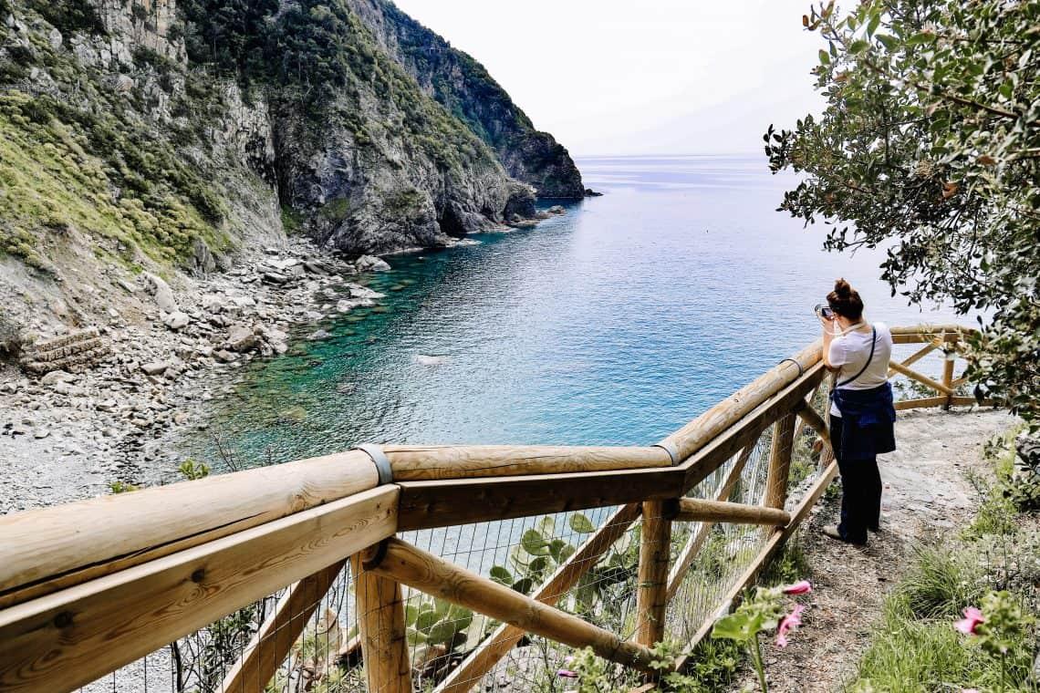 Cinque terre italy amore hiking trail riomaggiore