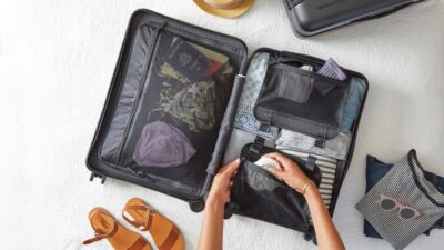 packing suitcase travel