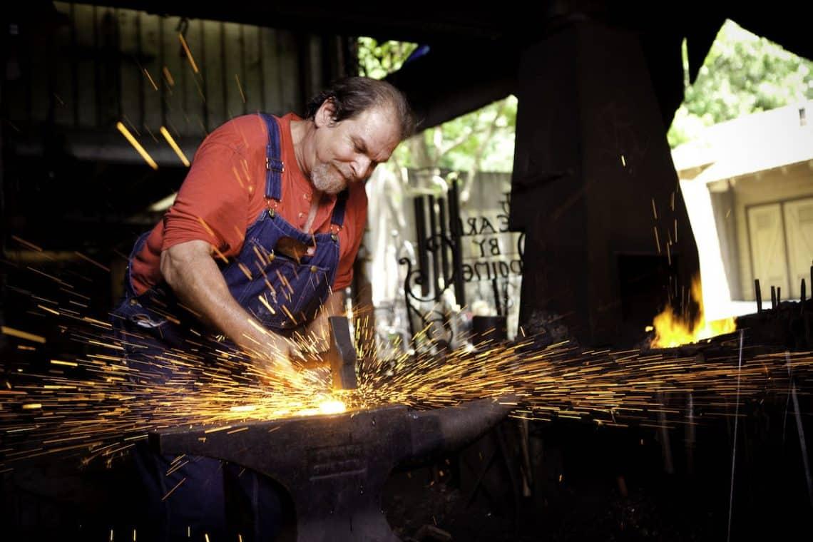Dollywood Blacksmith sparks