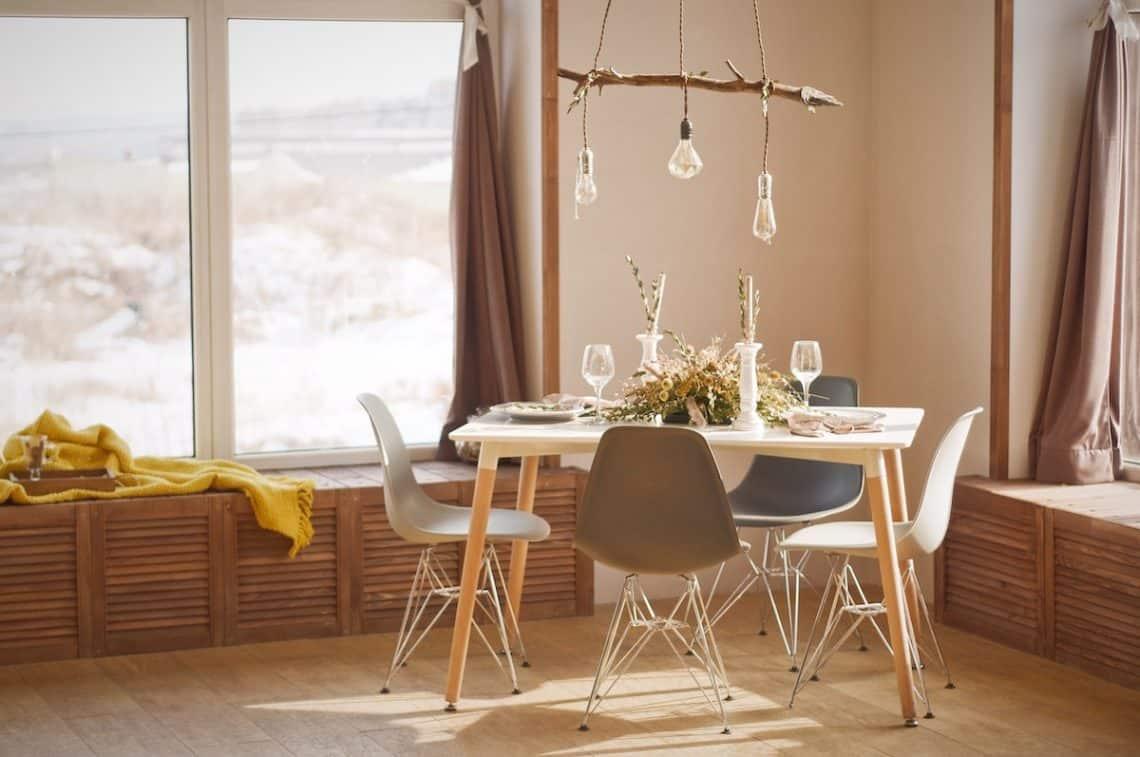 natural dining table setup