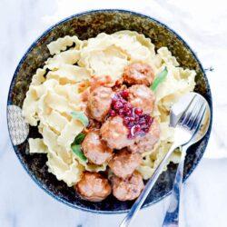 Easy Swedish Meatballs Recipe (With Gravy!)