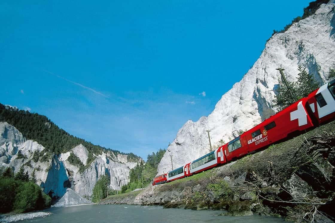 RHAETISCHE BAHN: Glacier Express- Rheinschlucht