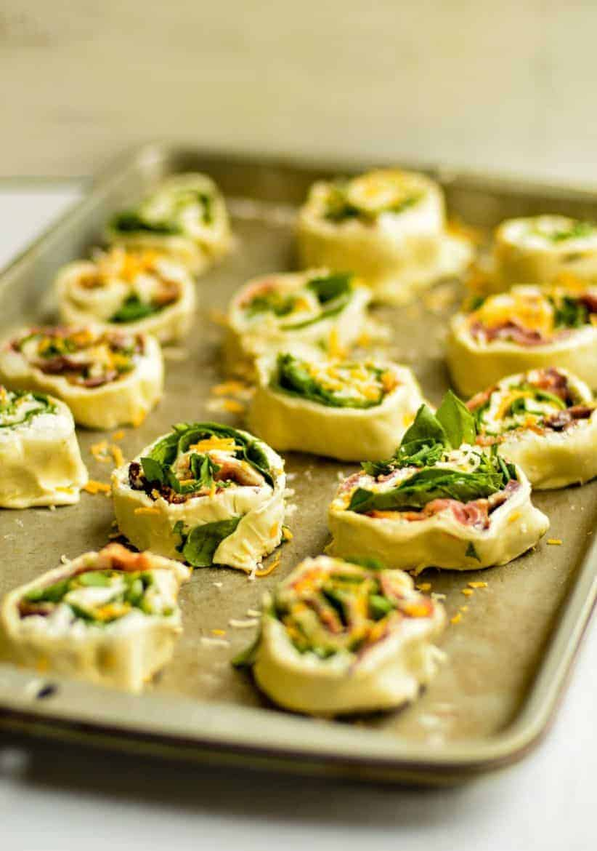 Bacon and Spinach Pinwheels Recipe