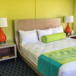 Meet the Cheery Beachfront Kauai Shores Hotel
