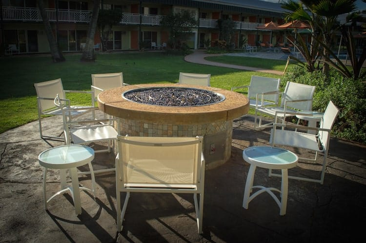 Kauai Shores Hotels5