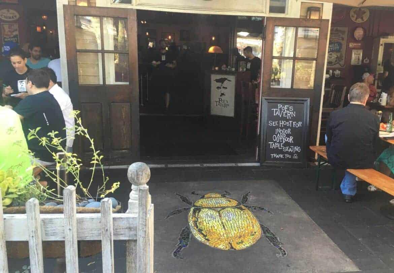 Poes Tavern 1