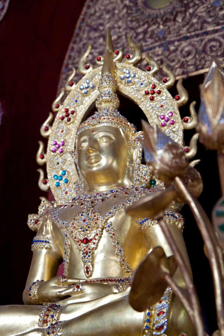 Wat Phra Singh 11