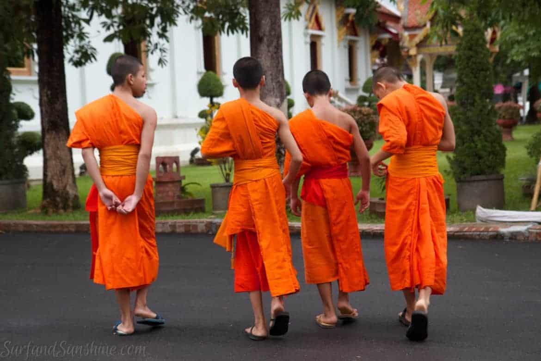 Wat Phra Singh boy monks