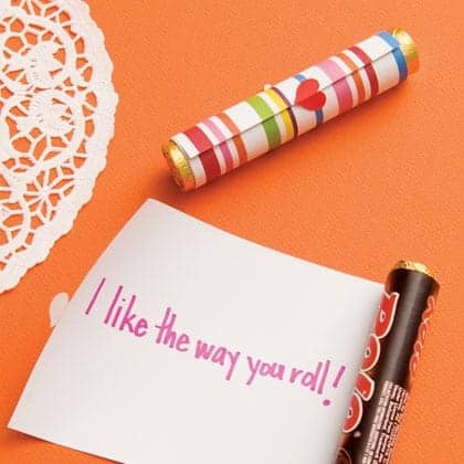 on a roll scroll valentines day craft photo 420 FF0211VALENA05