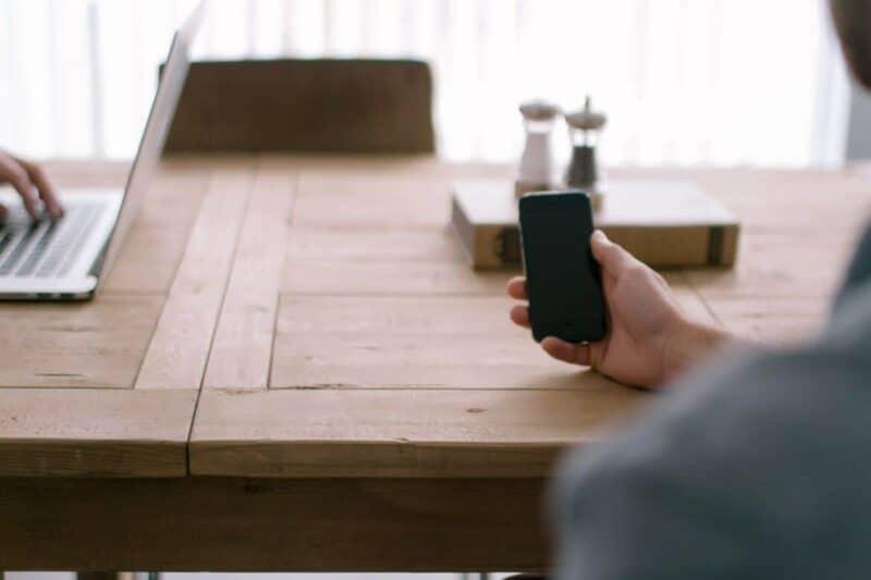 smartphone 505851 1920