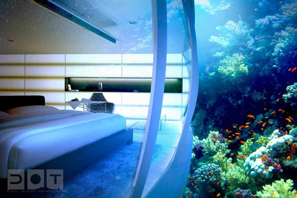 water discus hotel room