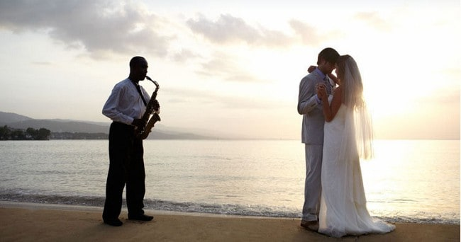 "Say ""I Do"" in Jamaica Mon"