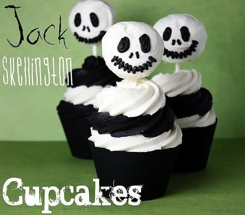 10 Fabulous Halloween Cakes and Cupcake Recipes