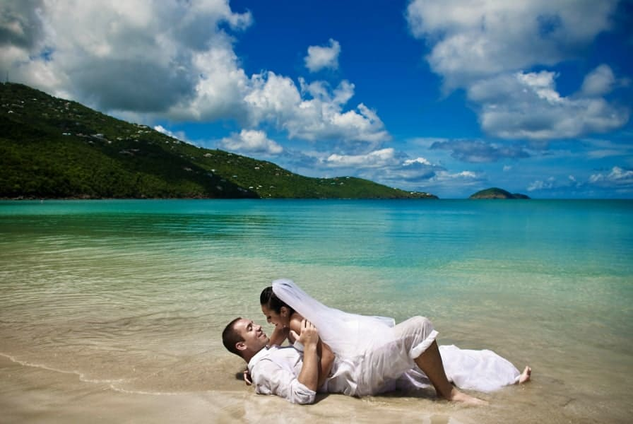 Saying i do on the high seas the pros and cons of for Royal caribbean cruise wedding