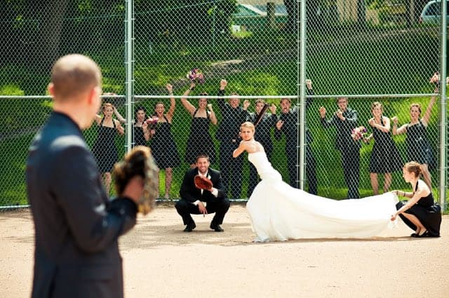 Fun and Original Wedding Party Photos