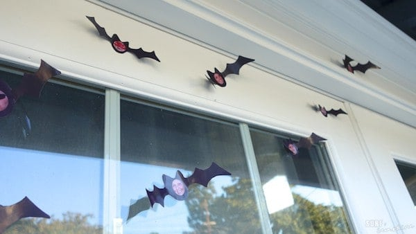 DIY family halloween bat decorations 2